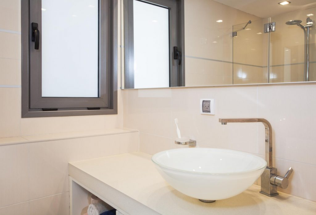 Bathroom Remodel Minneapolis - Affordable Bathroom Remodeling 2